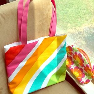 Clinique Summer Tote and Zipper Makeup Bag